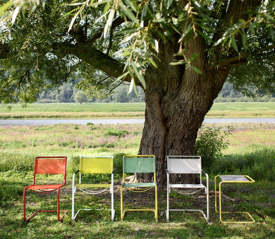 thonet-launches-colourful-outdoor-versions-iconic-bauhaus-chairs-11310-9498398.jpg