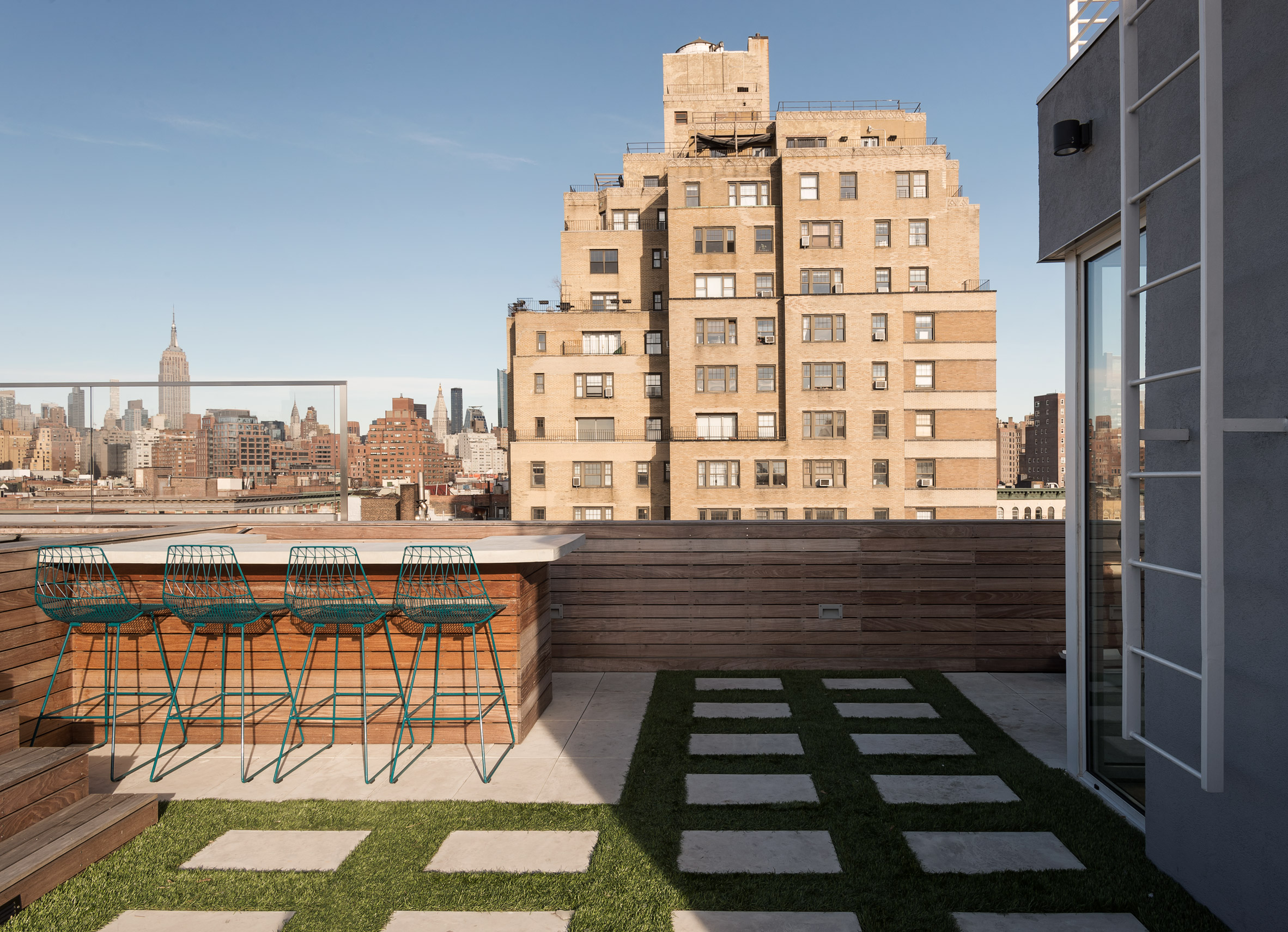 west-village-penthouse-tbd-renovations-interiors-new-york-city-usa_dezeen_2364_col_44.jpg