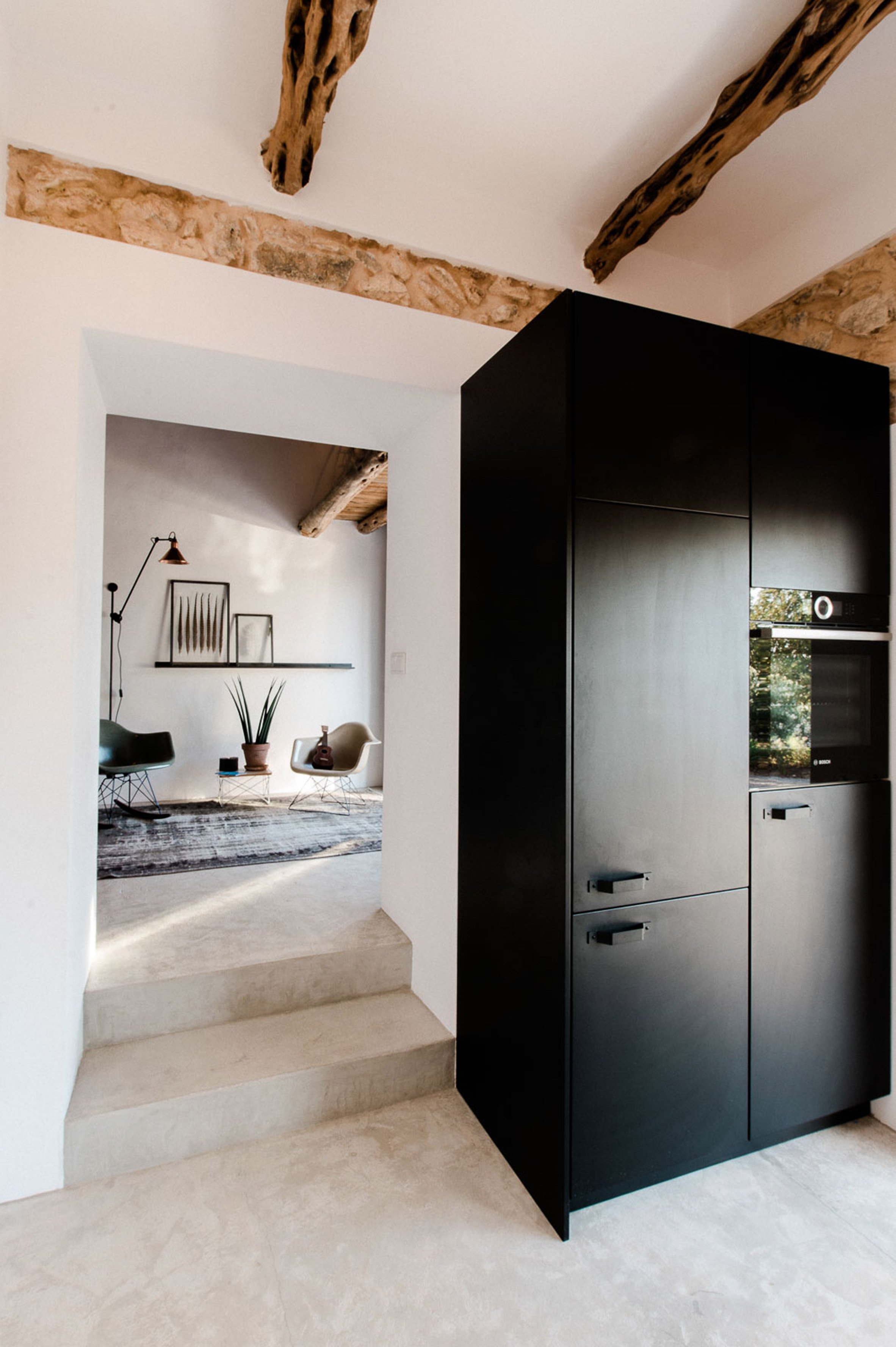 ibiza-campo-standard-studio-and-ibiza-interiors-residential-houses-interiors-spain_dezeen_2364_col_5.jpg