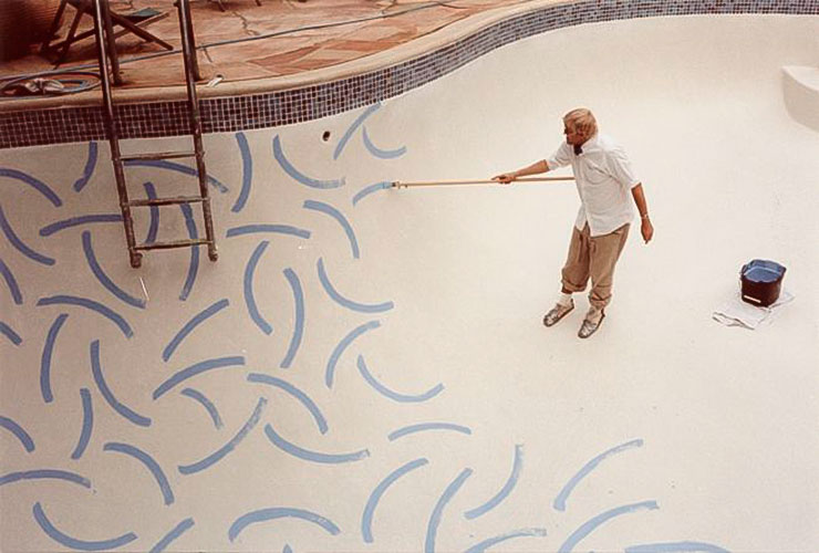 hockney-painting-his-pool.jpg