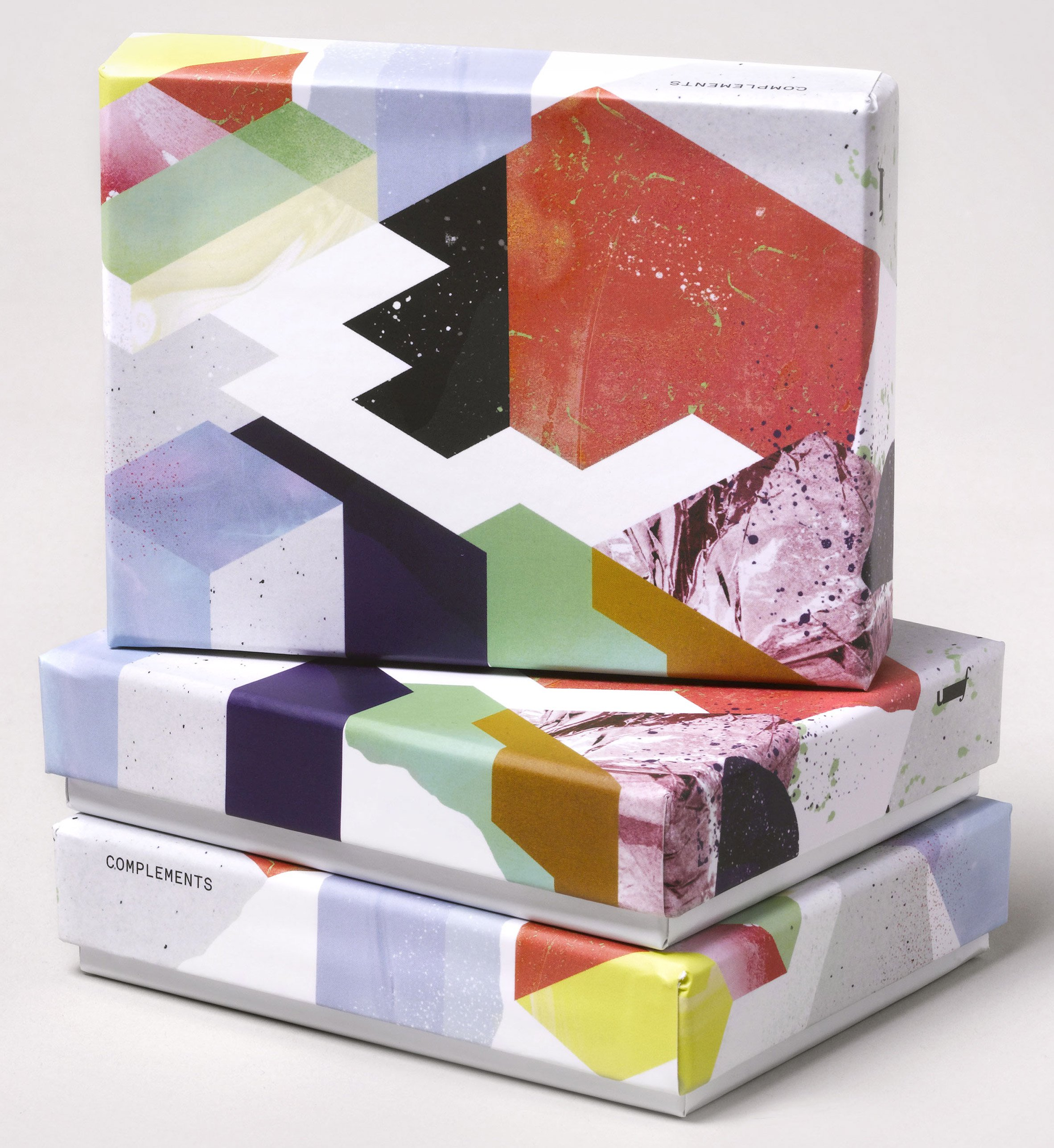 complements-chocolates-by-universal-favourite_dezeen_2364_col_3-2.jpg