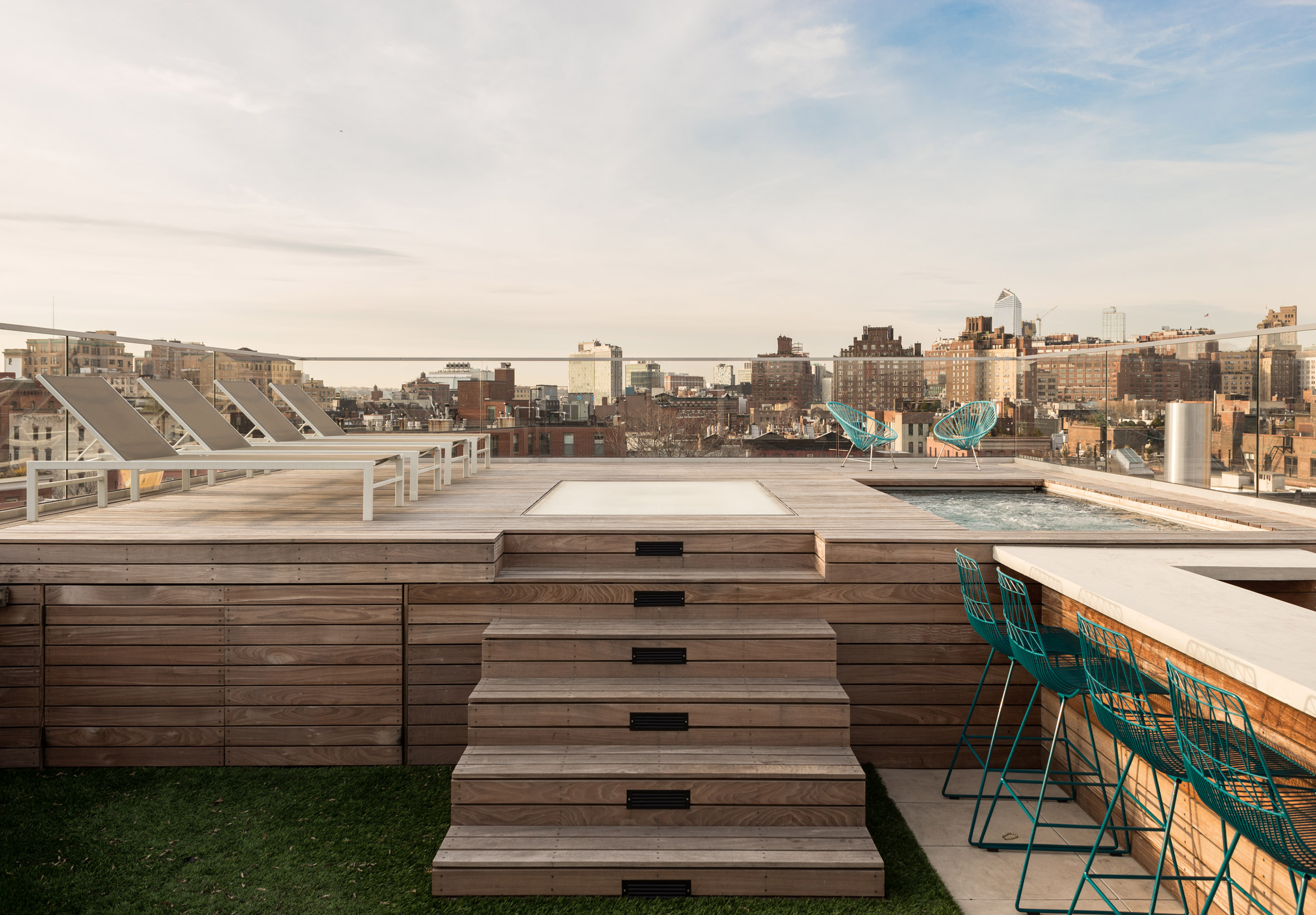 west-village-penthouse-tbd-renovations-interiors-new-york-city-usa_dezeen_2364_col_60.jpg