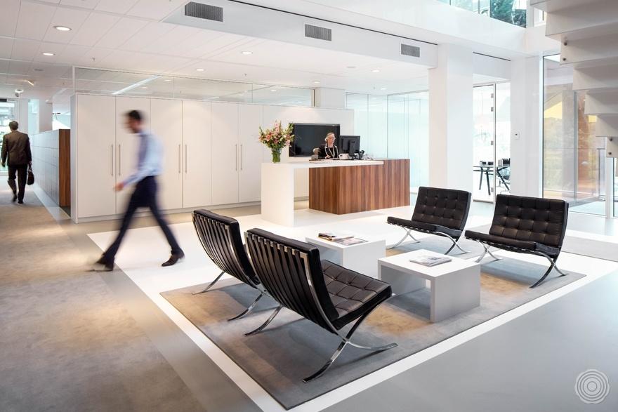 Dtz amsterdam senso gietvloeren - Decoreren van een professioneel kantoor ...